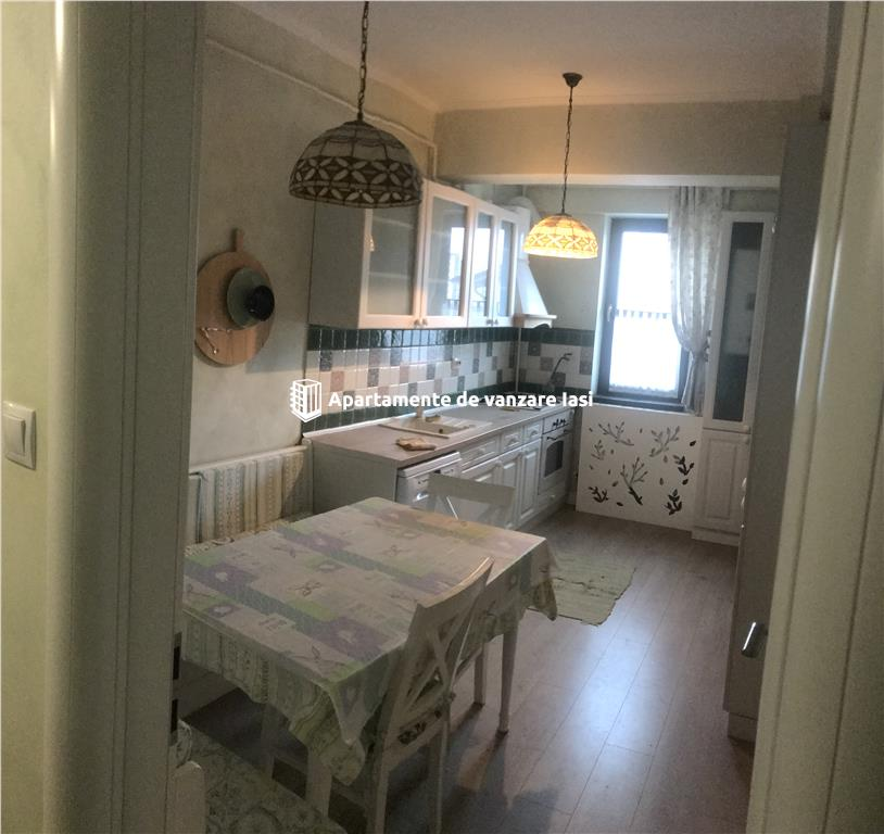 Apartament Nou 4 camere  de vanzare  Lunca Cetatuii