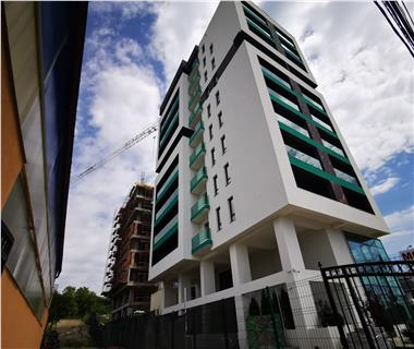 Apartament Nou 5 camere  de vanzare  Pacurari