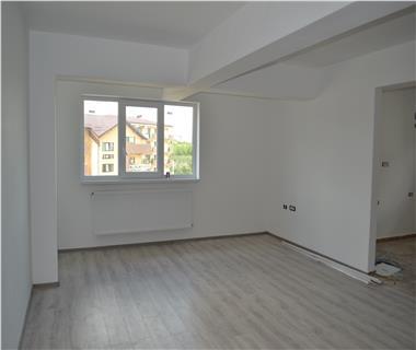 Apartament Nou 3 camere  de vanzare  Nicolina - C.U.G.