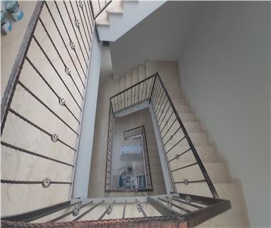 Apartament Nou 3 camere  de vanzare  Valea Adanca
